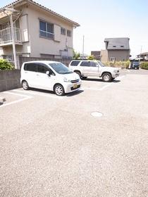 駐車場もあります♪