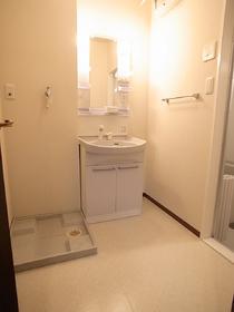 室内洗濯機置き場&シャンプードレッサー付き