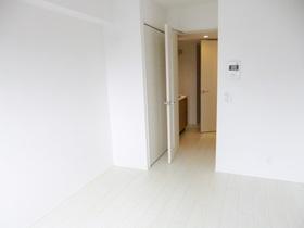 お部屋は白を基調としており、とても広く感じます!