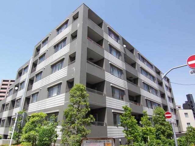 アパートメンツ東山の外観画像
