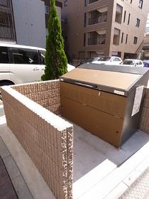 敷地内にゴミ置場があると便利です!