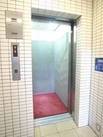 楽々エレベーター