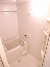 追い炊きはもちろん、浴室乾燥機も付いてます☆