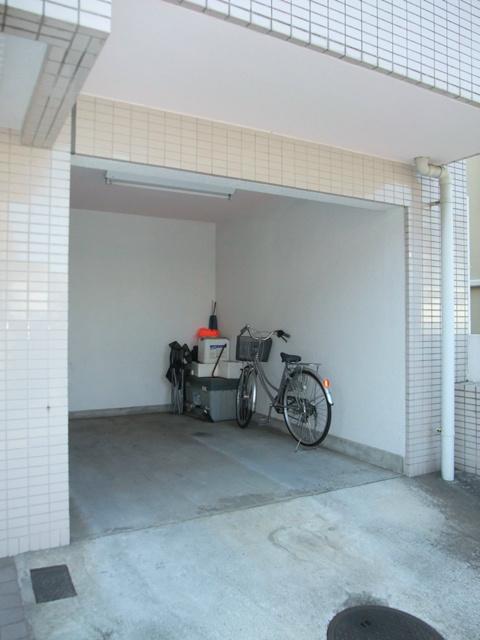 スカイコート二俣川駐車場