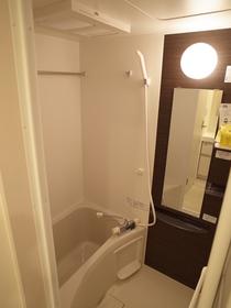 広々バスルーム!