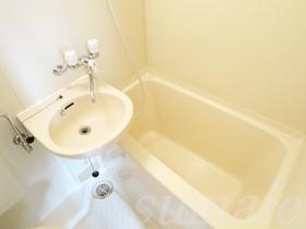 ☆洗面台付きのお風呂です☆