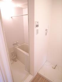 お風呂には、浴室乾燥機。