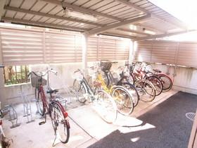 屋根付自転車置場