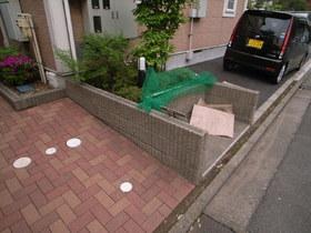 ゴミ置場は敷地内にもちろんあります