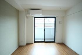SUN RESIDENCE 102号室