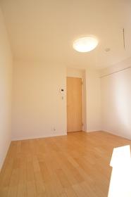 ROW HOUSE 南蒲田 104号室