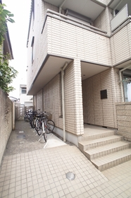 アビターレ 101号室