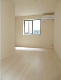 SAKURA RESIDENCE 102号室