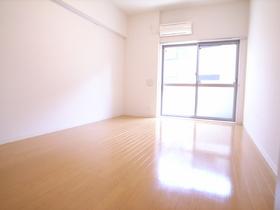 夏場の親友、エアコン完備のお部屋です!