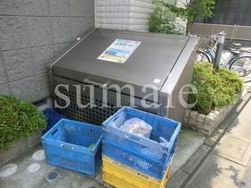 便利な敷地内ゴミ置き場。