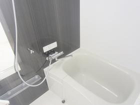 浴室乾燥機付きのお風呂です☆