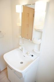http://image.rentersnet.jp/131d23b1-8c0d-4174-8343-e70a7e3e11b9_property_picture_961_large.jpg_cap_洗面所