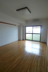 グリーンハイツ花菱 404号室
