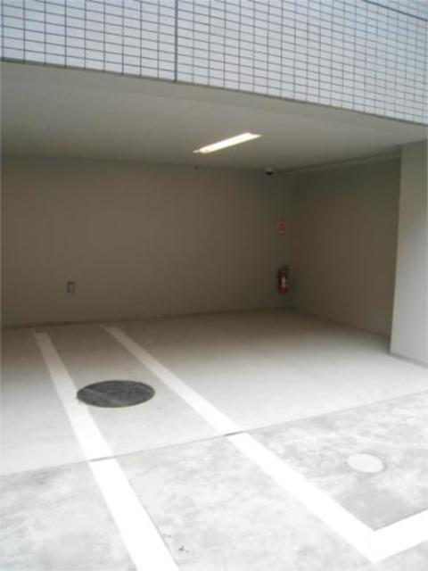 スカイコート隅田公園駐車場