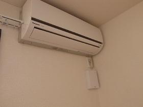 もちろんエアコン完備です