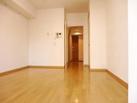 広めの洋室写真同タイプ別室