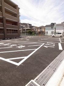 駐車場は平置きなので、ワゴン車タイプもOK