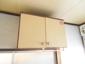 キッチンには戸棚もありますよ!