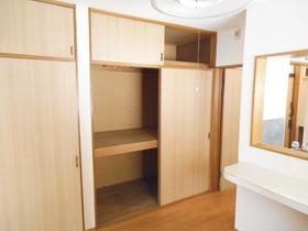 収納スペースはこのようになっております