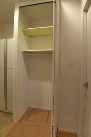 メゾンSHU 201号室