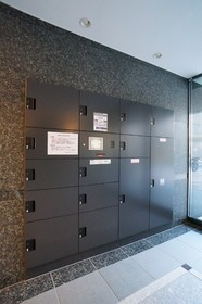http://image.rentersnet.jp/160096775518a6e567b1294361c014b9_property_picture_962_large.jpg_cap_便利な宅配ボックス