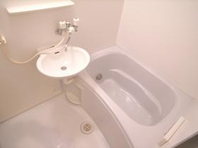 浴室は便利な追炊き機能つき!!