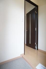 ナチュレインナガサワ�U 102号室