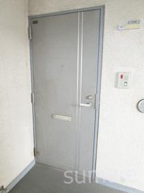 玄関扉です☆