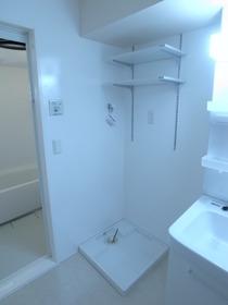 こちらは洗濯機置場