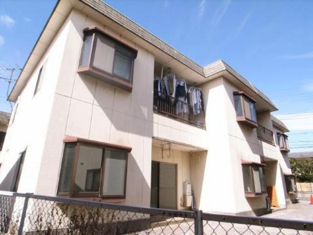 アパートに見えますが造りは重鉄造でがっちり!