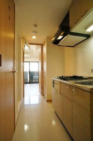 http://image.rentersnet.jp/183bb04a-fb6e-4a45-b9a0-ee139af01124_property_picture_962_large.jpg_cap_キッチンスペースです