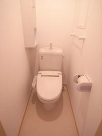 トイレはこちらです☆