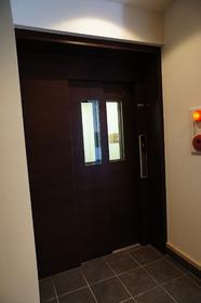 リビオン�V 301号室
