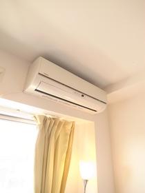 エアコンも付いてます♪