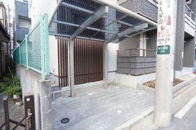 駐輪スペース(各世帯自転車1台まで)