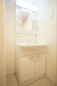 http://image.rentersnet.jp/1a36589f-26c3-4d30-8f84-ff77f2e1d3e0_property_picture_962_large.jpg_cap_独立洗面化粧台。