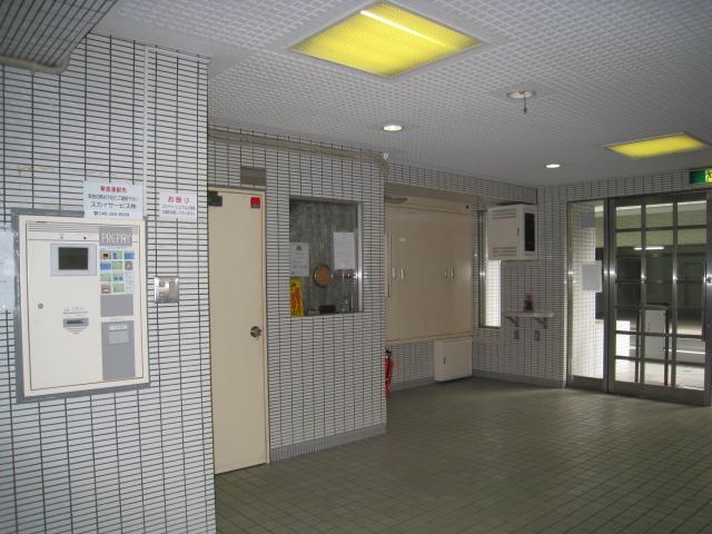 スカイコート横浜平沼エントランス