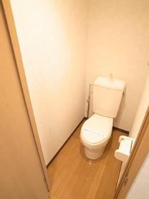清潔感のある洋式のトイレ☆(代表的室内写真)