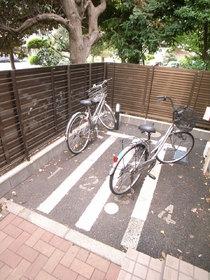 自転車置場ももちろん完備