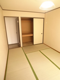 和室は寝室でしょう♪香りがたまりません☆