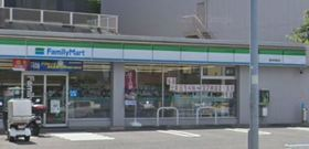 ファミリーマート横浜狩場町店