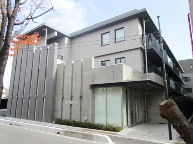 モダンなデザインのマンションです。