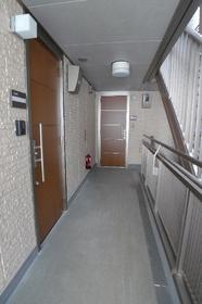 Carrel伊東 201号室