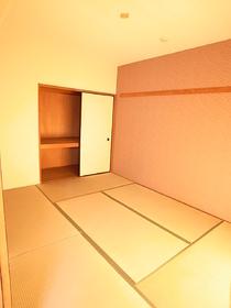 休みの日は和室でゆっくり♪なんていいですね。。。
