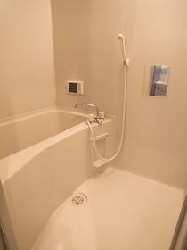 便利な浴室乾燥機付のお風呂ですっ!